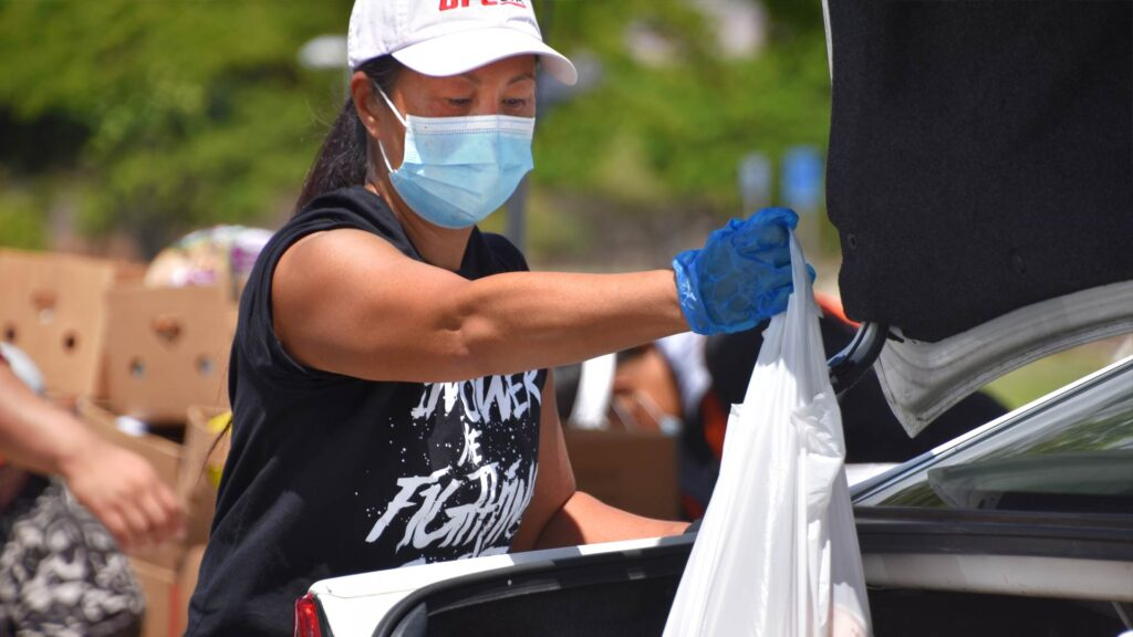 Hawaii Foodbank Volunteer Cari Nishimura-Burnett